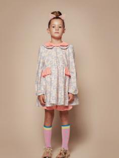 ラベンダーフラワー着用写真(年齢6才、身長128cm、着用サイズ130cm)